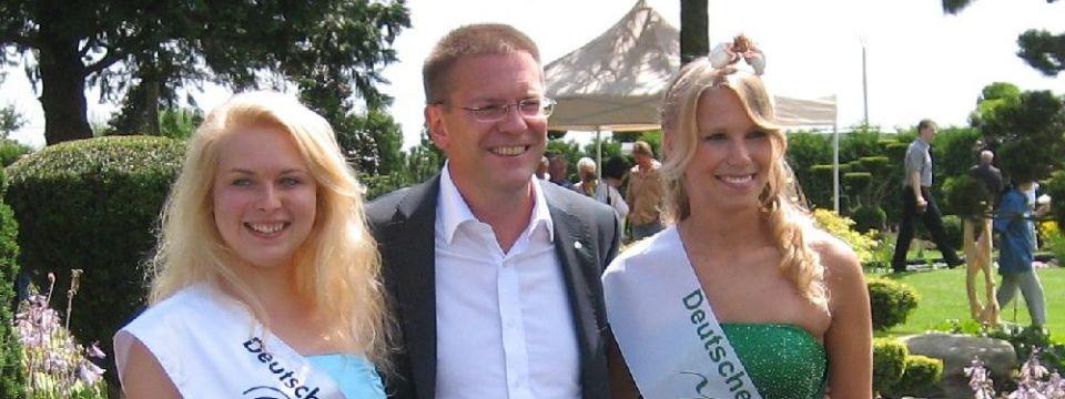 Seerosenfest mit den Seerosenköniginnen